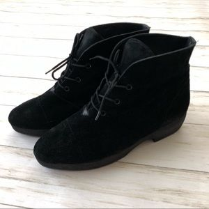 YSL Yves Saint Laurent Black Suede Lace Up Booties